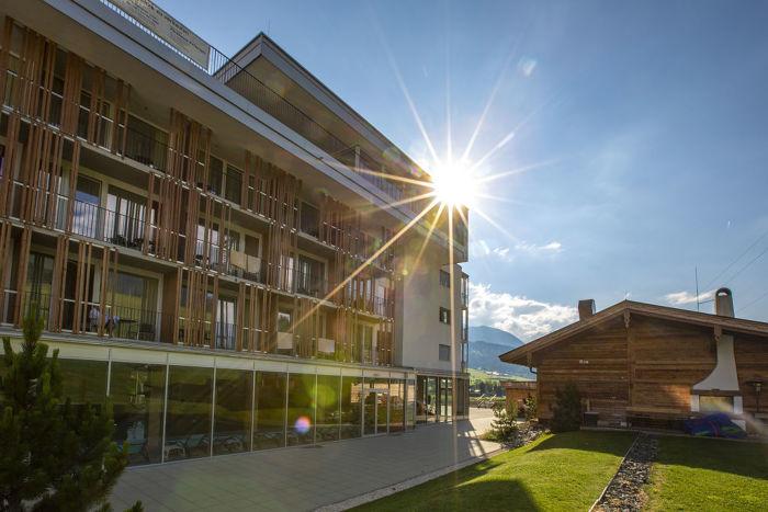 BU: Sentido alpenhotel Kaiserfels, das erste Sentido-Hotel in alpiner Bergwelt.