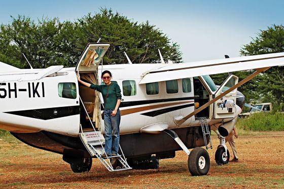 BU: Mit einer kleinen Cessna wie dieser erkunden Urlauber Tansania von oben.