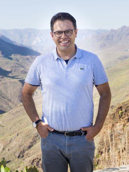 BU: Daniel Himburg ist Chef-Reiseleiter des Reisekonzerns DER Touristik auf Gran Canaria